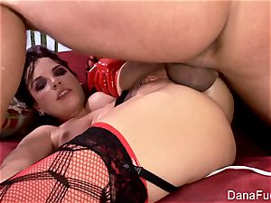 Dana DeArmond likes a good anal invasion porking session