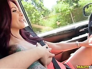 Monique Alexander blows a ample manmeat in the car