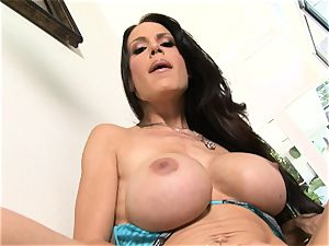 Bigboobed Mckenzie Lee push's and pull's a rosy toy up and down her fuckhole