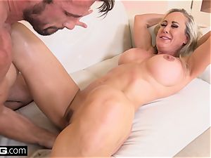 spurting Brandi love luvs having a pink cigar in her muff