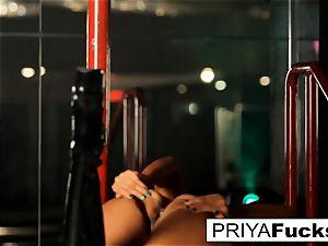 disrobe club performance by Indian bombshell Priya Rai