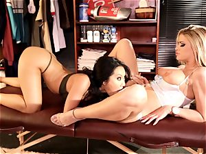 Asa Akira and Jessa Rhodes super-naughty vagina eating action