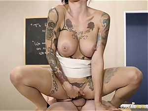 Oh my God! big-chested professor Anna Bell Peaks seduces me during lesson