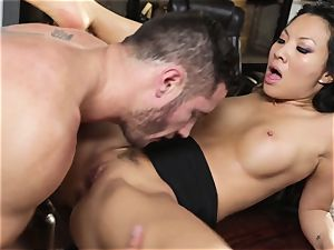 Asa Akira cheats in her friends super-naughty wish