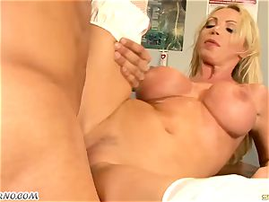 big boob mummy dr. Nikki Benz takes a giant boner in the clinic