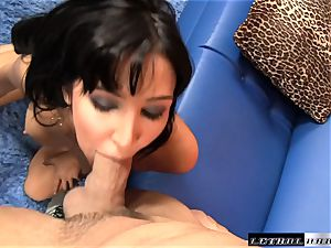 Diana Prince rims and drains a fortunate shaft