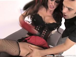 pleasuring cool dark-haired Jessica Jaymes jizzed on her cool assets