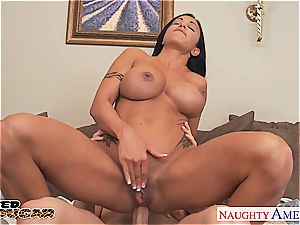 taut milf pearls getting her bootie pumped