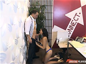 Ariana Marie at her daddys work getting banged in his office