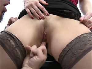 Joey Gets A violate At boss Ashley Fires' crack