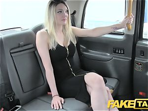 fake cab supah steaming platinum-blonde with a superb assets enjoys jizz-shotgun