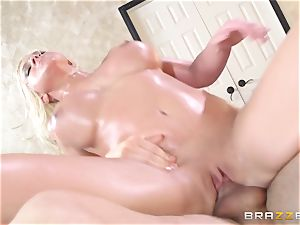 Leya Falcon cheats with her phat dicked masseuse