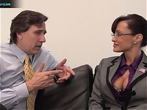 Lisa Ann hard-core pummel with her boss