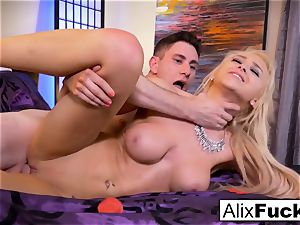 Alix Lynx drains Brad's fuck-stick with her cooter and facehole